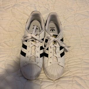 ADIDAS SUPERSTAR SNEAKERS WOMANS SIZE 8